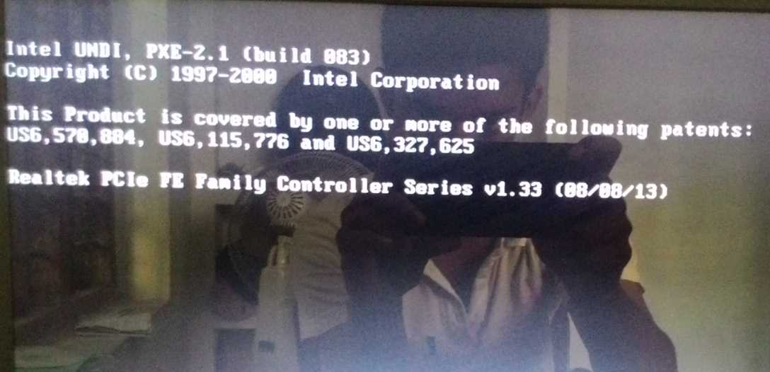 [Solved] Intel UNDI PXE-2.0 (build 083) Error message during boot